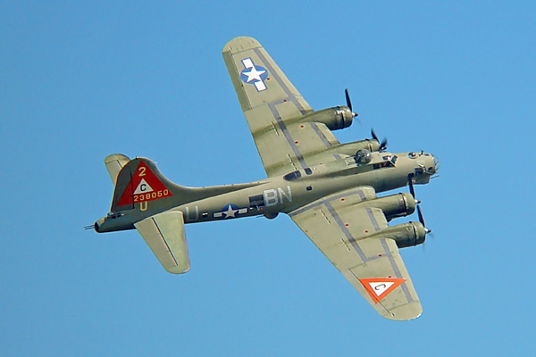 B-17 Flying Fortress (Bomber): Pictures